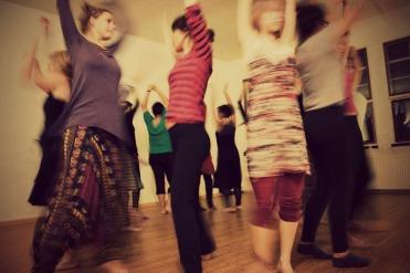 Dance & Help (2)
